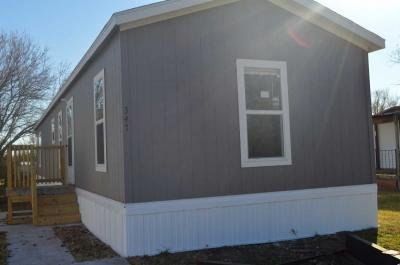 Mobile Home at 130 S Greenwich Rd Lot 347 Wichita, KS 67207