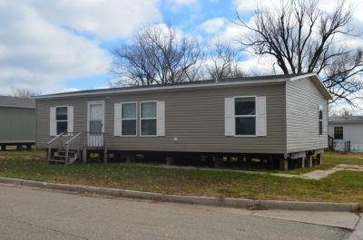 Mobile Home at 130 S Greenwich Rd Lot 203 Wichita, KS 67207