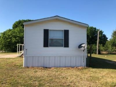 Mobile Home at 403 East Missouri St Cleo Springs, OK 73729