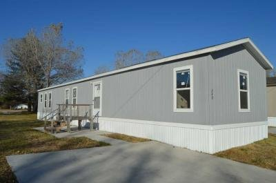 Mobile Home at 130 S Greenwich Rd Lot 340 Wichita, KS 67207