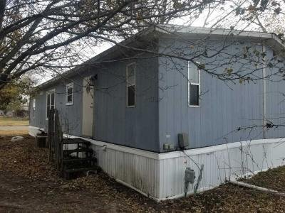 Mobile Home at 130 S Greenwich Rd Lot 279 Wichita, KS 67207