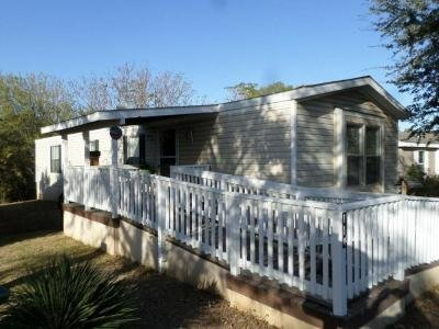 Mobile Home at 7460 Kitty Hawk Rd Site 114 Converse, TX 78109