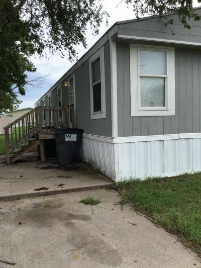 Mobile Home at 2201 E. Macarthur Road #37 Wichita, KS 67216