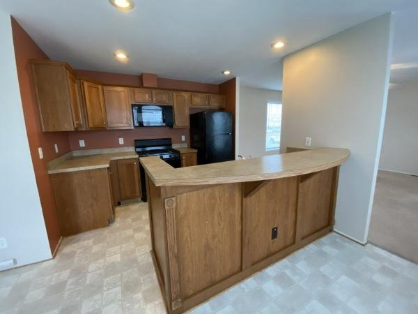 2009 CREST Mobile Home For Rent