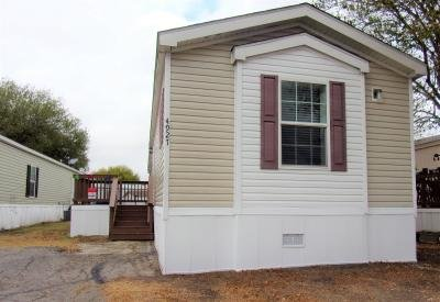 Mobile Home at 4927 Laura Ln  #122 Kirby, TX 78219
