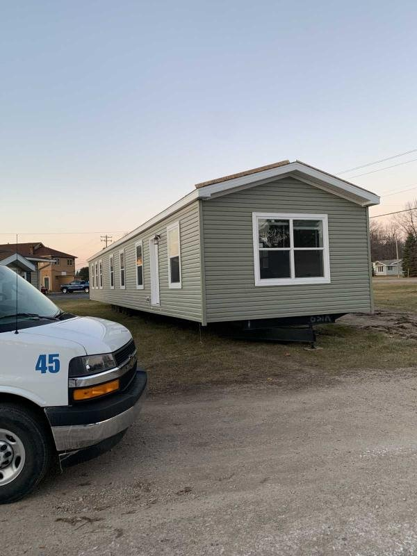 2020 Midcountry Mobile Home For Rent