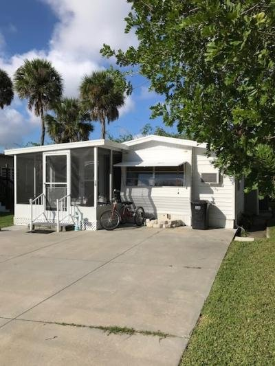 Mobile Home at 3275 26th Avenue East Lot 38 Bradenton, FL 34208
