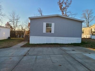 Mobile Home at 96 Lynnwood Circle Clarksville, TN 37040