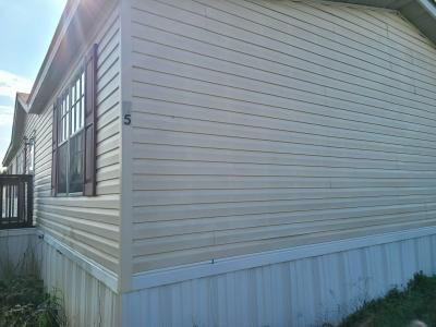 Mobile Home at 45 Lynnwood Circle Clarksville, TN 37040