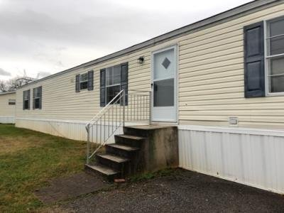 Mobile Home at 501 Sparrow Dr Maryville, TN 37801