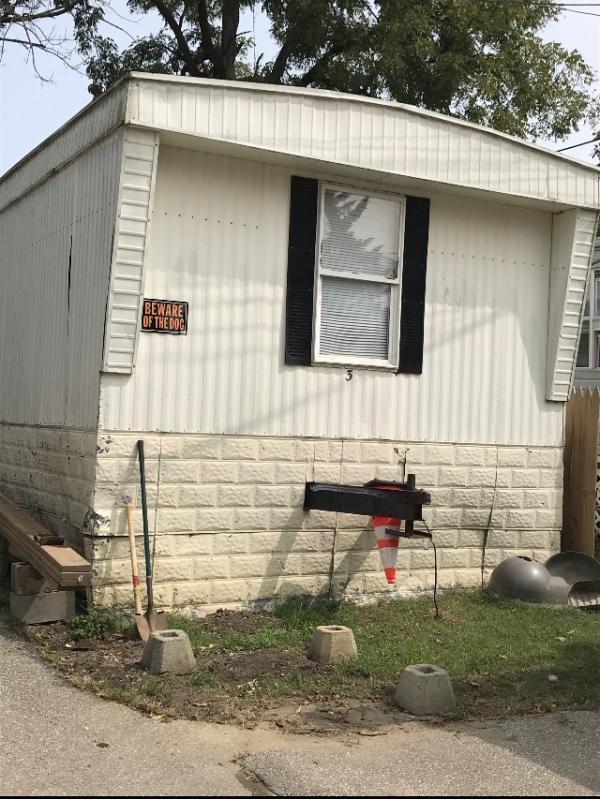 Photo 1 of 2 of home located at 4714 Washington Blvd Halethorpe, MD 21227
