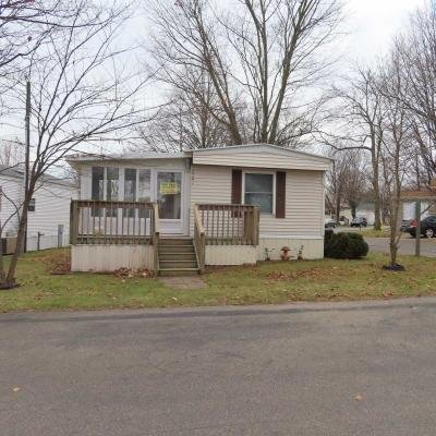 Mobile Home at 22460 Klines Resort Rd Three Rivers, MI 49093
