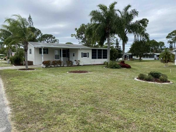 Photo 1 of 2 of home located at 10854 Lakewood Shores Cir North Fort Myers, FL 33903