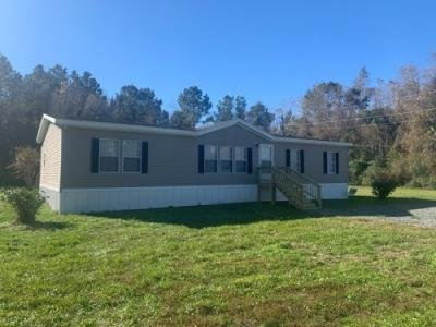 Mobile Home at 6612 Big Point Rd Moss Point, MS 39562