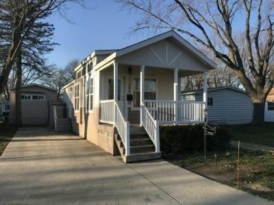 Mobile Home at 206 Parkwood Road Elgin, IL 60123