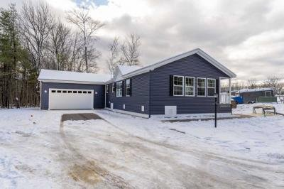 Mobile Home at 27 Eagle Dr Rochester, NH 03868