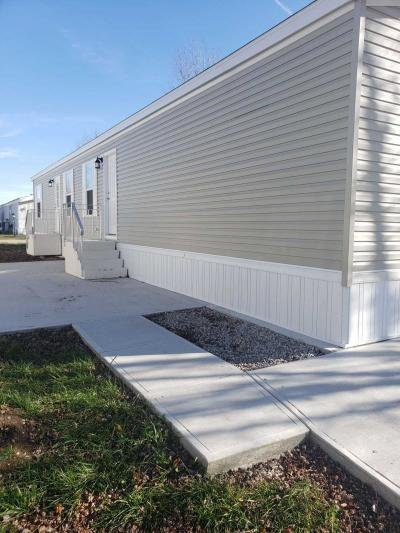 Mobile Home at 46 S. Compass Vermilion, OH 44089