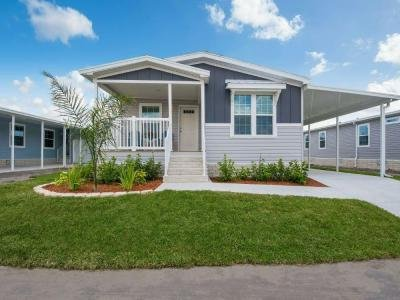 Mobile Home at 5926 Utopia Dr Zephyrhills, FL 33540