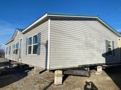 Mobile Home at 6000 Rolling Hills Rd Columbia, MO 65201