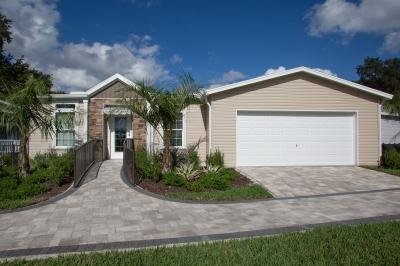 Mobile Home at 225 Magnolia Dr. Lady Lake, FL 32159