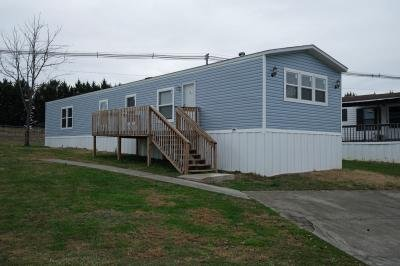 Mobile Home at 180 Brookfield Dr. Clinton, TN 37716