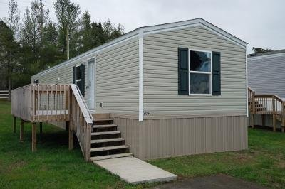 Mobile Home at 209 Luther Foster Ln. Clinton, TN 37716