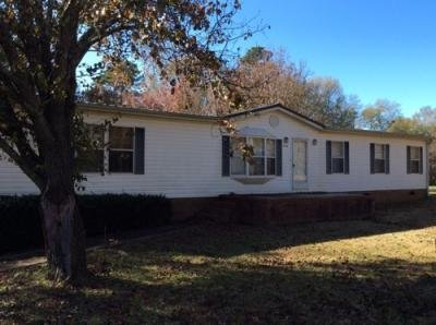 Mobile Home at 214 1st Ave Starr, SC 29684
