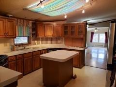 Huge Open Kitchen w/ Island!