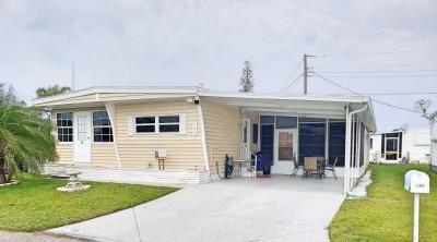 Mobile Home at 198 3rd St E Nokomis, FL 34275