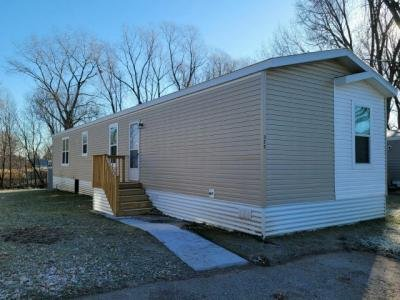 Mobile Home at 325 Brutus Drive Lakeville, MN 55044