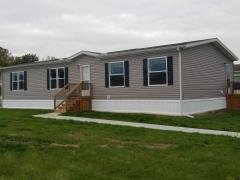 Photo 1 of 16 of home located at 551 Roslyn Temperance, MI 48182