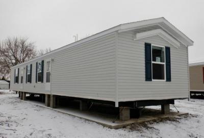 Mobile Home at 530 Del Vista Drive Bloomington, IL 61704