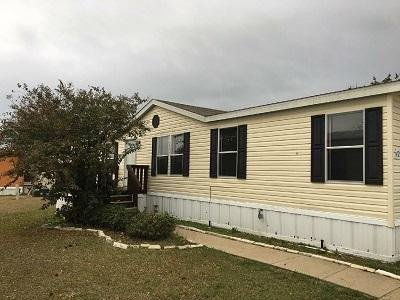 Mobile Home at 14900 Lasater Road #429 Dallas, TX 75253