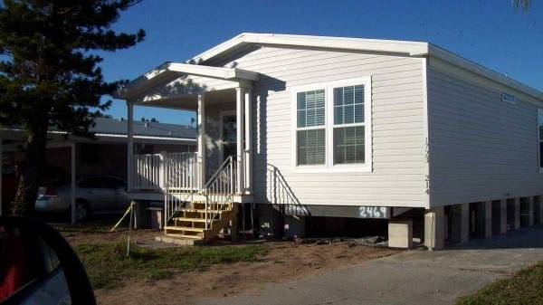 Photo 1 of 2 of home located at 1723 Gangway Loop Ruskin, FL 33570