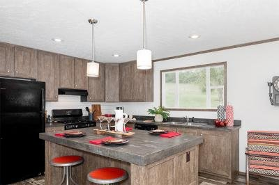 Mobile Home at 2501 Lowry Ave NE, Lot 220 Saint Anthony, MN 55418