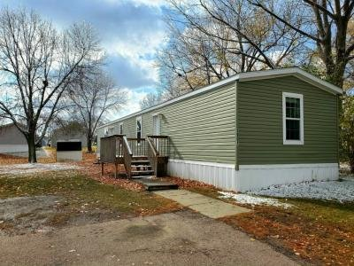 Mobile Home at 5901 Wren Place Sioux Falls, SD 57107