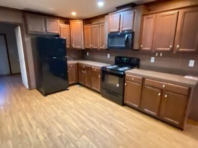 Mobile Home at 280 Lakeshore Dr Senatobia, MS 38668