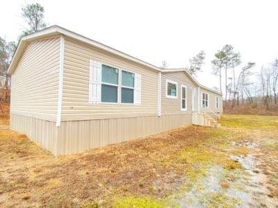 Mobile Home at 410 Cr 338 Taylor, MS 38673