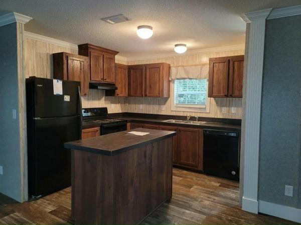 2021 Live Oak Homes Mobile Home For Rent