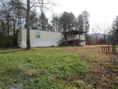 Mobile Home at 321 Mountain Cove Rd Whitwell, TN 37397