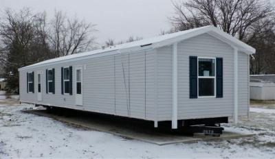 Mobile Home at 506 Del Vista Drive Bloomington, IL 61704