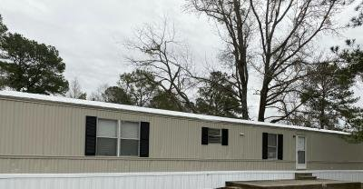 Mobile Home at 3142 S Dingle Dr Lot 41 Florence, SC 29505