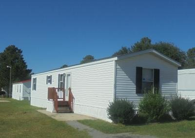 Mobile Home at 9401 Wilson Blvd Lot #321 Columbia, SC 29203