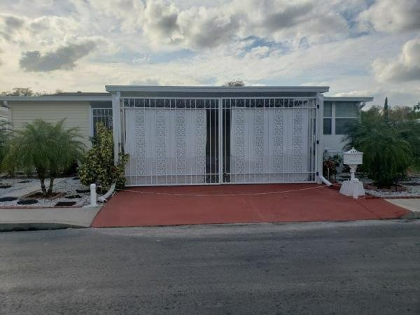 2010 CMHM Mobile Home For Sale