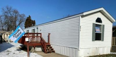 Mobile Home at 3310 Judy Lane #050 Park City, IL 60085
