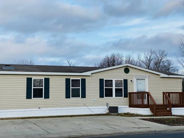 1999 Schult Mobile Home For Sale