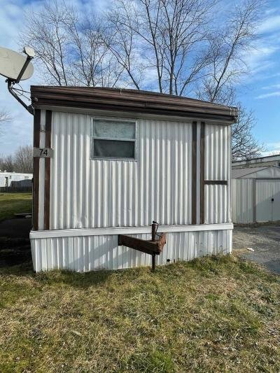 Mobile Home at 74 Kings Dr SW Warren, OH 44481