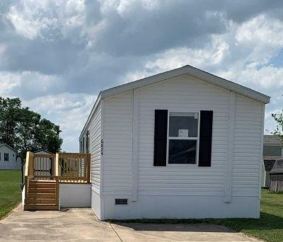 Mobile Home at 6824 Glick Dr Columbus, IN 47201