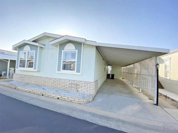 2003 HBOS Manufacturing Mobile Home For Sale