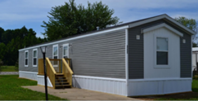 Mobile Home at 2925 Jolene Dr Columbus, IN 47201